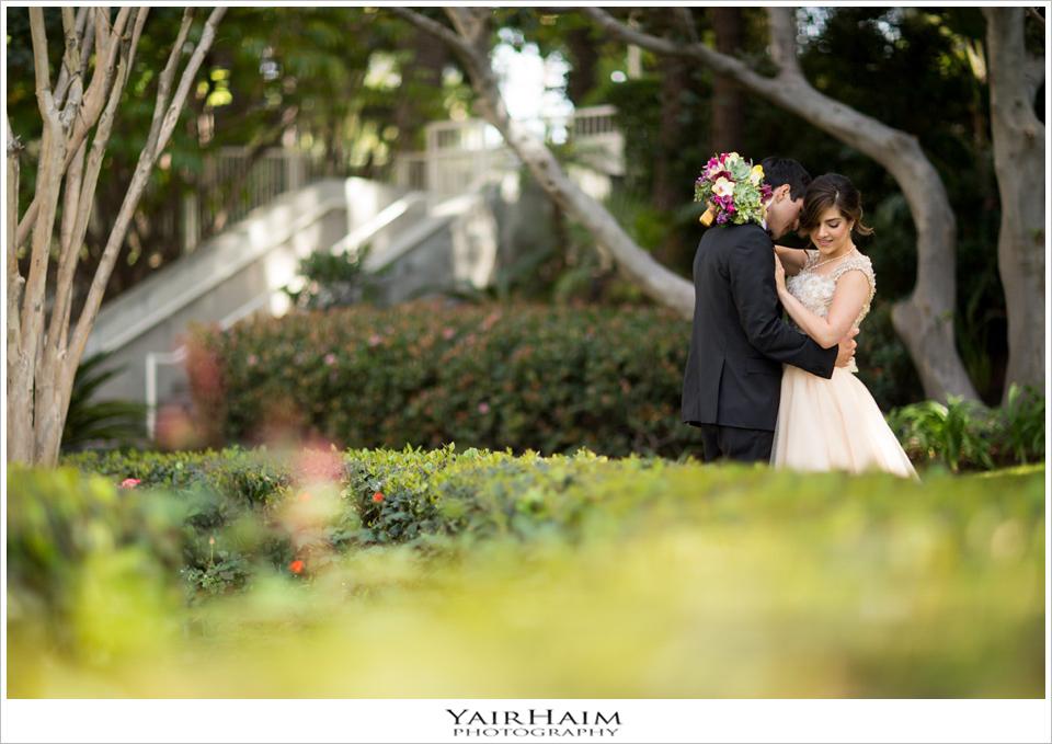 Los-Angeles-hyatt-regency-century-plaza-wedding-photos-15