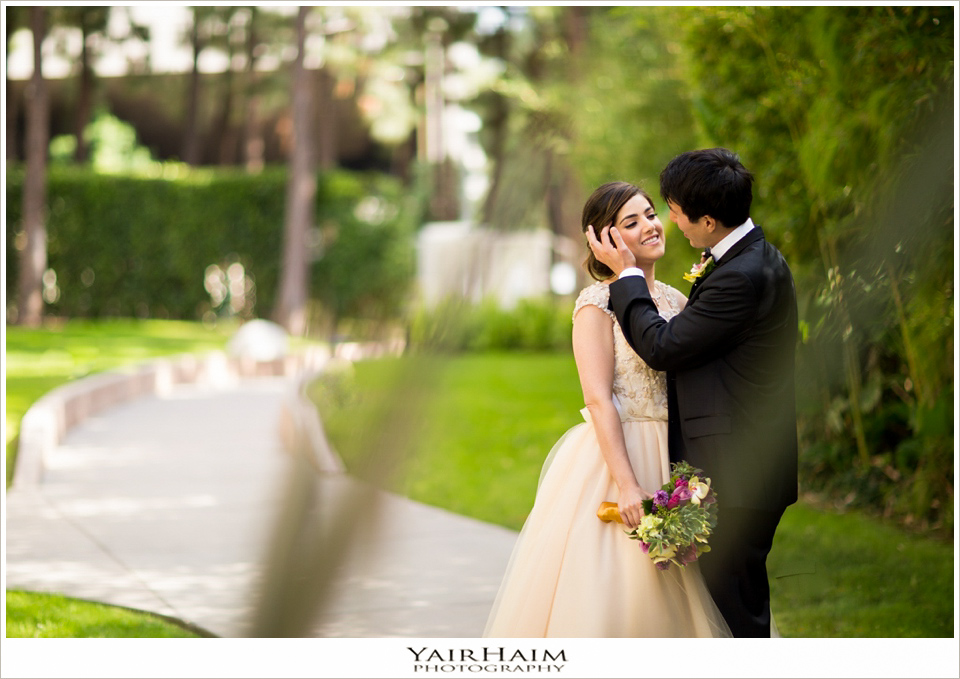 Los-Angeles-hyatt-regency-century-plaza-wedding-photos-43