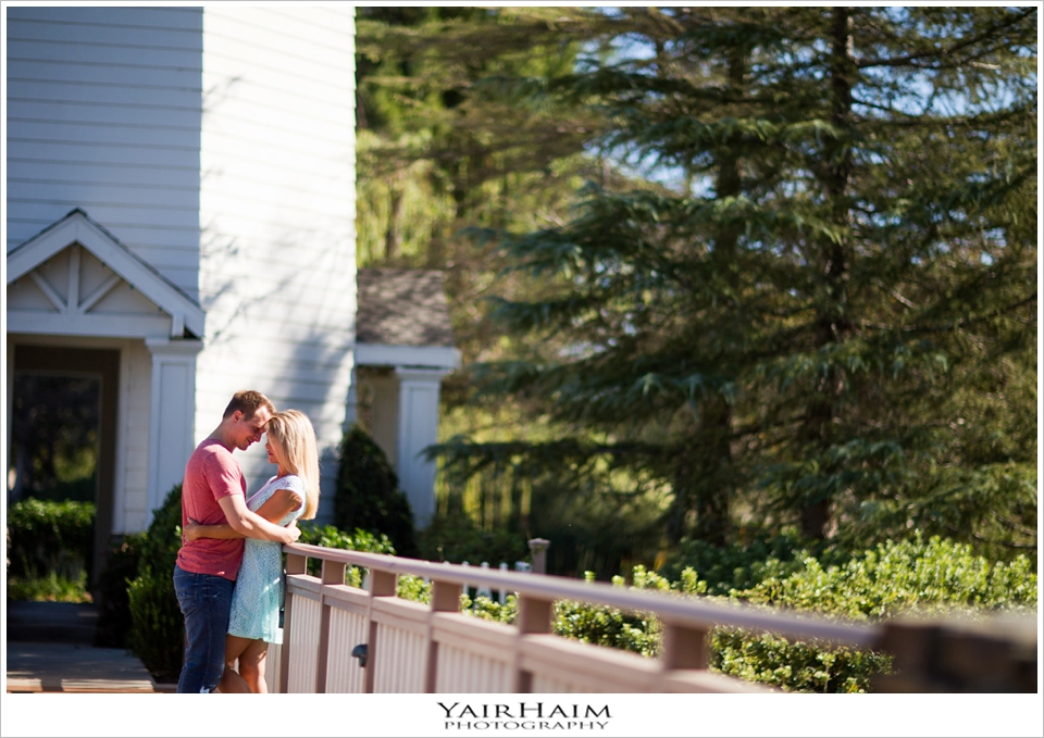 Valencia-Bridgeport-engagement-photos-9