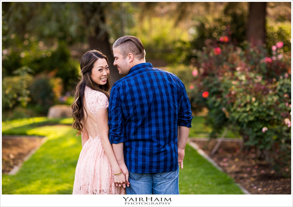 Exposition-Park-Los-Angeles-engagement-photos-12