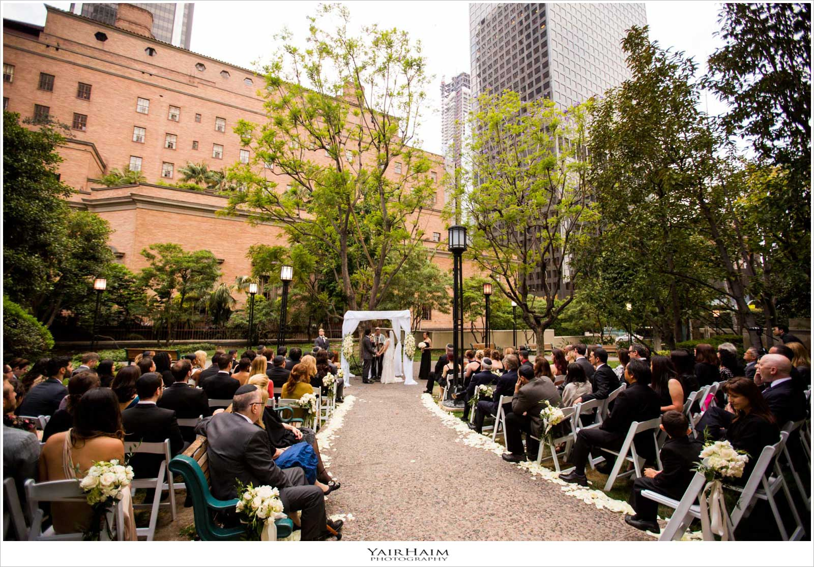Cafe-Pinot-downtown-Los-Angeles-wedding-photos-20
